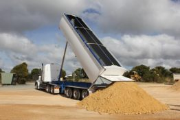 Lightweight Grain Trailer